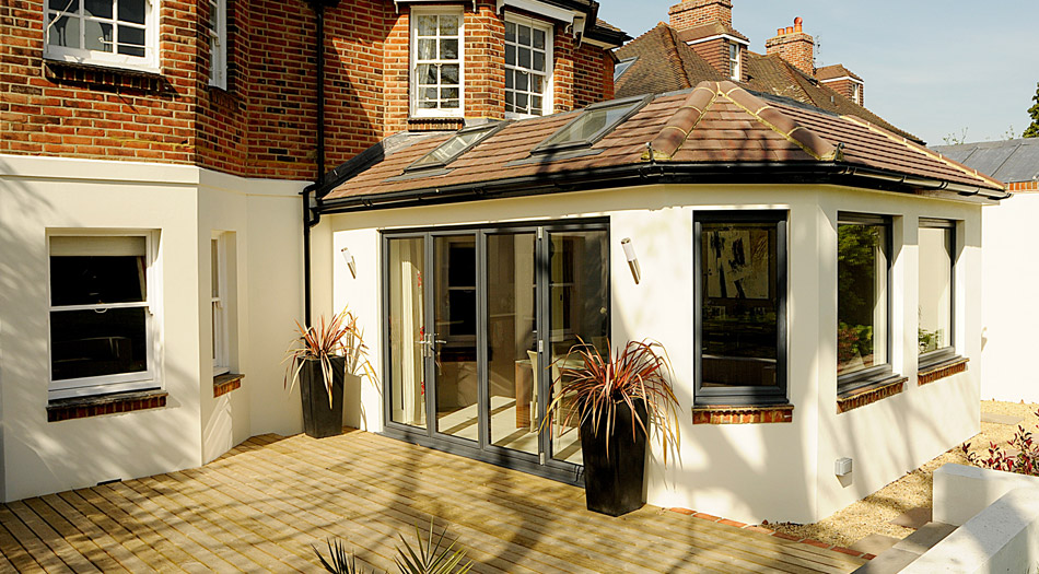 Dp construction garden room for Brick garden room designs